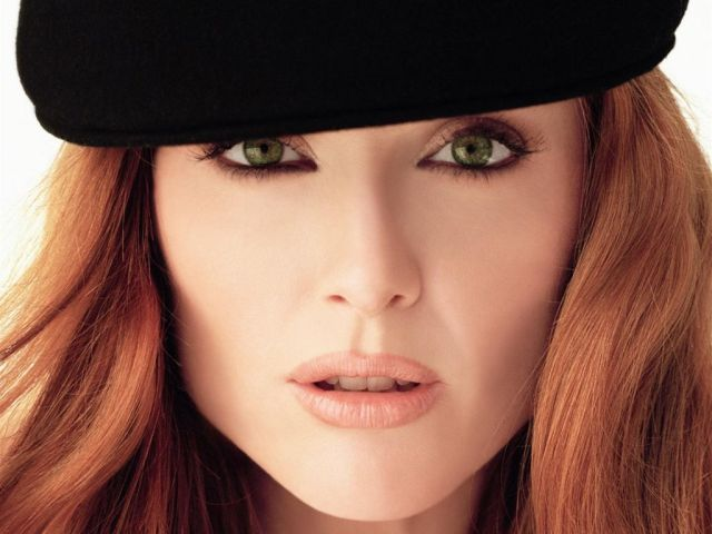 Julianne-Moore_14