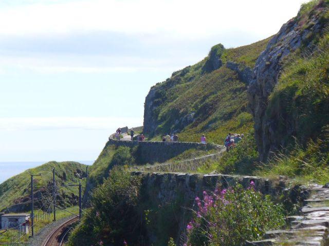 cliff_walk_4