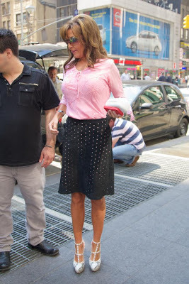 sarah-boobs-new-york-pink (1)