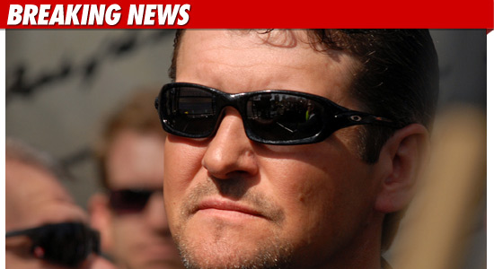 todd-palin-sunglasses2